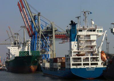 Hamburg Hafen (Bild: Der Weg)