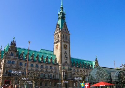 Hamburg Rathaus (Bild: Der Weg)